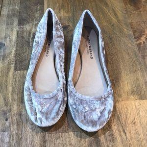 Lucky Brand Eleesia Crushed Velvet Flats Size 8
